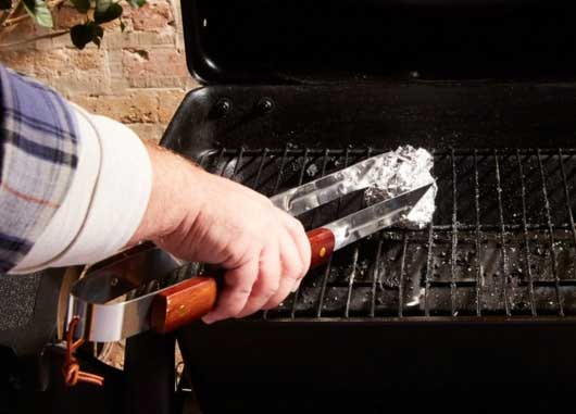 12 BBQ Hacks That Will Have Everyone Calling You 'Grill Master'