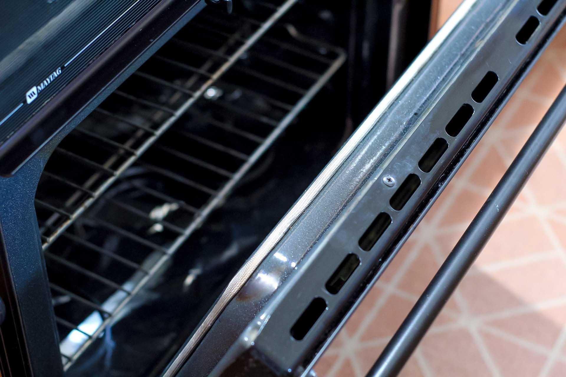 How To Clean In Between The Glass On Your Oven Door Homemaking Com