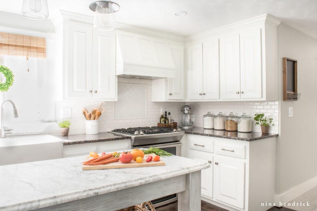 6 Easy Ways To Update Oak Cabinets - Homemaking.com
