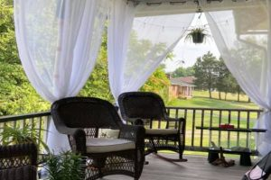 Keep-Outdoor-Curtains-From-Blowing